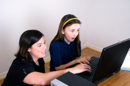 116433-424x283-Computer_Teacher